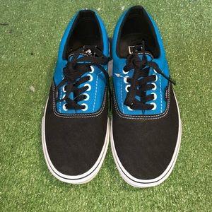 (NWOT) Vans classics Unisex sneakers